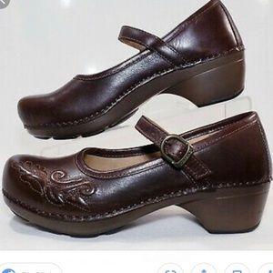 Dansko Floral Savanna Mary Jane Brown Shoes
